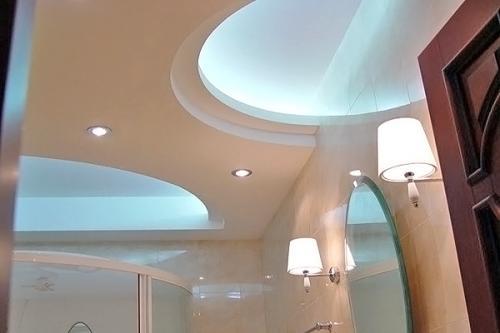 Потолок из гипсокартона в ванной: за и против этой конструкции