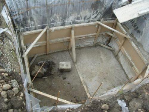 Как сделать подполье в деревянном доме. Подготовка к строительству заглубленного хранилища под жилым домом
