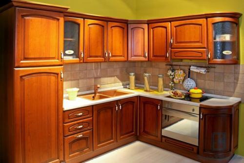 Как разместить все на маленькой кухне. Угловая планировка