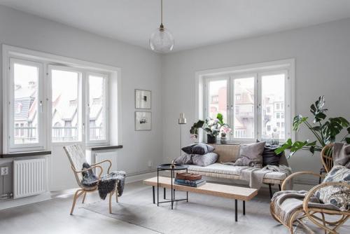 Дизайн маленькой квартиры в белом цвете. Шикарный интерьер квартиры в белом цвете