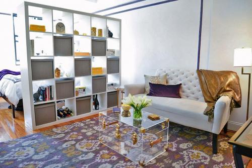 Как частично перегородить две зоны в комнате. 6 главных способов, как правильно разделить комнату на 2 зоны
