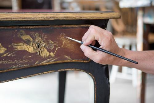 Как реставрировать старую мебель. Особенности реставрации мебели