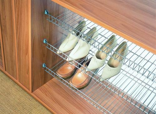 Хранение обуви в прихожей варианты. 5 идей компактного хранения обуви в прихожей