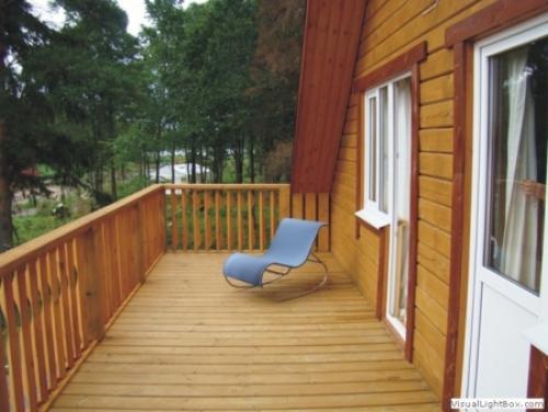 Как сделать балкон на даче. Для чего строят балконы в загородных домах