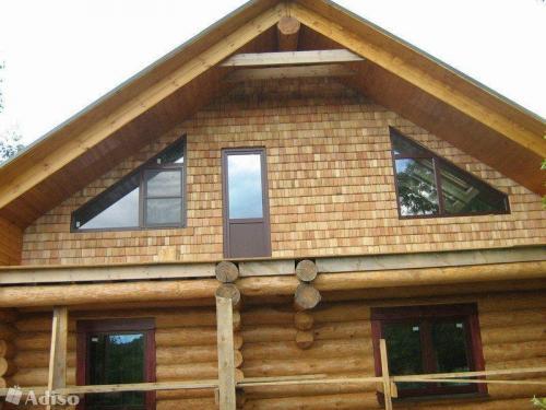 Красивый фронтон дома двускатная. Функции фронтона