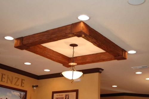 Натяжной потолок с балками. Стили интерьеров, где балочные конструкции наиболее уместны